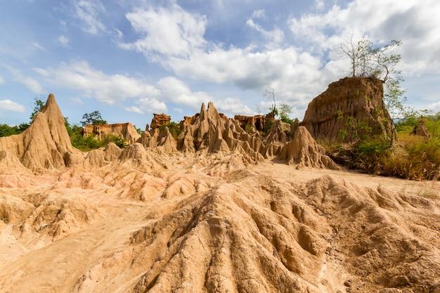Wunderbare natürliche strukturen von sao din na noi im si nan nationalpark, nan, thailand