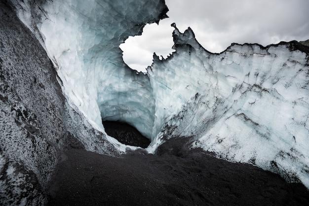 Wunderschöne landschaft auf einem gletscher