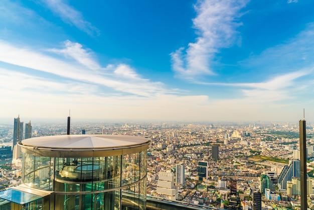 Wunderschönes stadtbild mit architektur und gebäude in der skyline von bangkok thailand