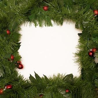 Wunschgrußlistenrahmen mit weihnachtsbaumzweigen
