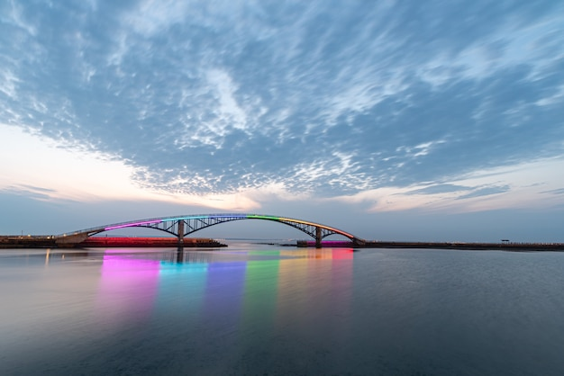 Xiying regenbogenbrücke, magong, taiwan