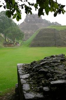 Xunantunich, maya-ruinen