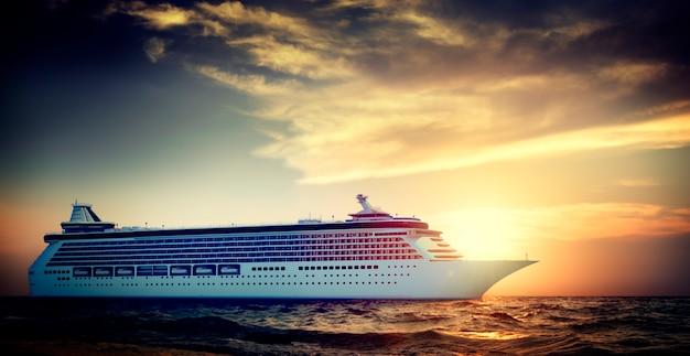 Yacht-kreuzschiff-seeozean-tropisches szenisches konzept