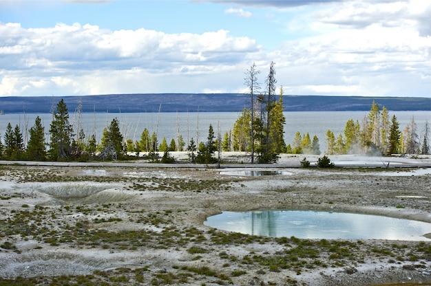 Yellowstone west daumen