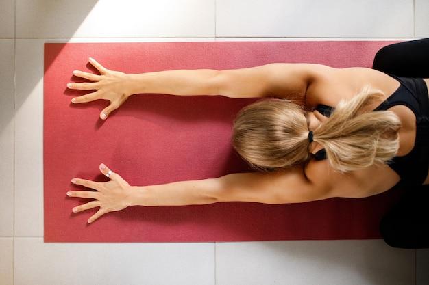 Yoga-übung draufsicht