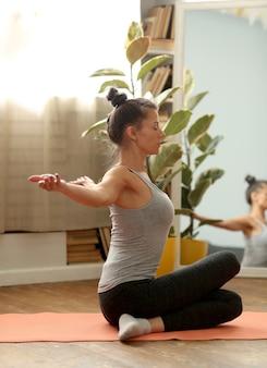 Yoga-übung zu hause