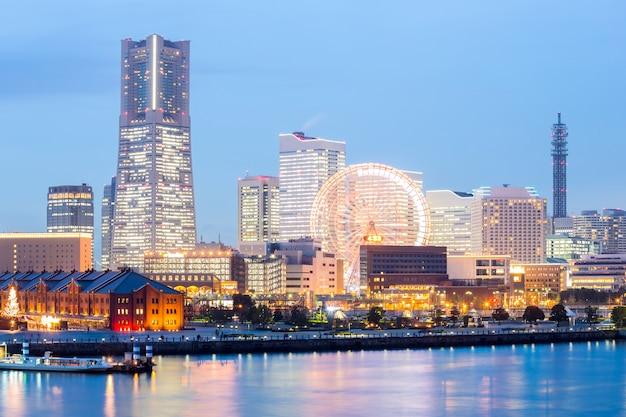 Yokohama-skyline