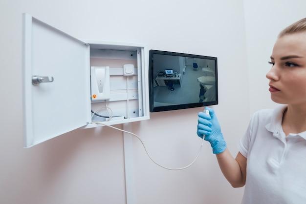 Zahnärztliche panorama-radiographenausrüstung. zahnarztpraxis