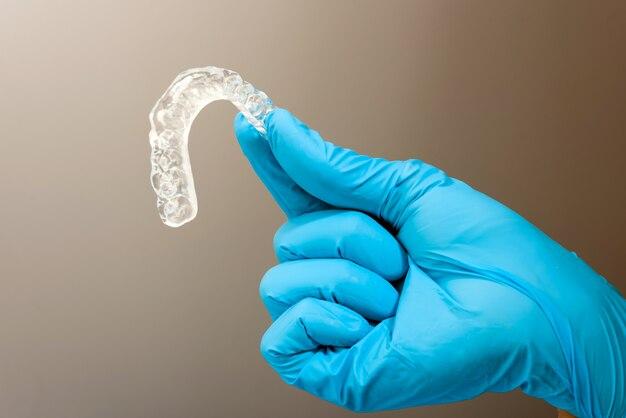 Zahnarztmaterial zur behandlung von bruxismus mit zahnschienen