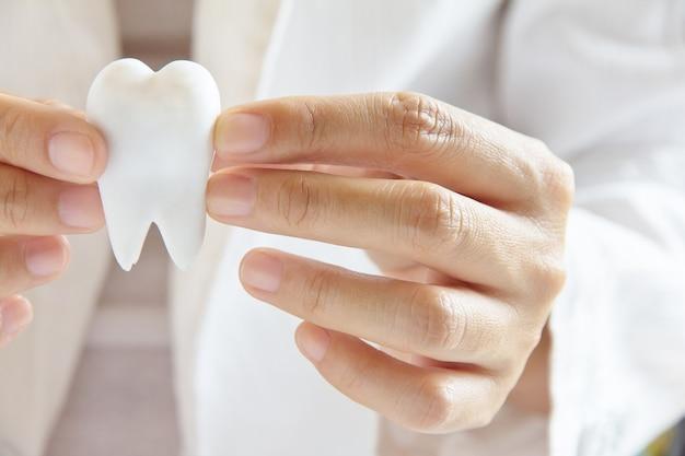 Zahnmedizinisches konzept