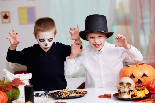 Zauberei unheimlich schwarz spooky ereignis