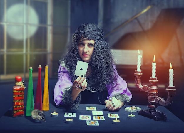 Zauberin, die vermögen erzählt