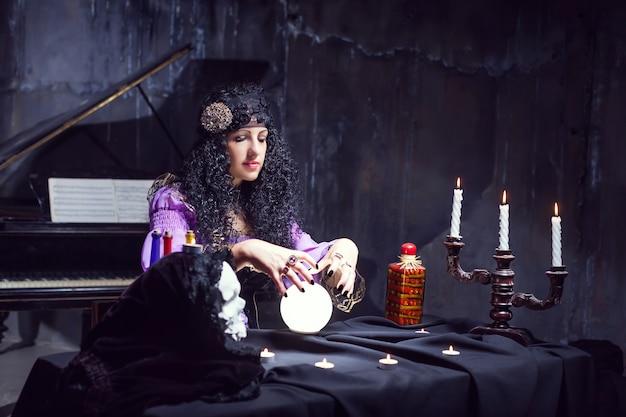 Zauberin in ihrem zimmer