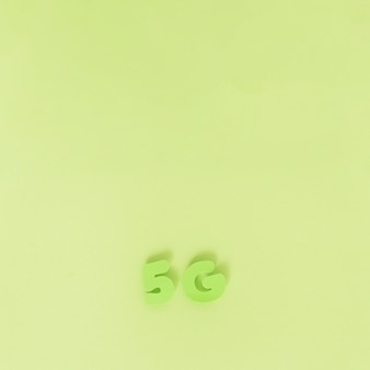 Zeichen 5g auf normalem hintergrund