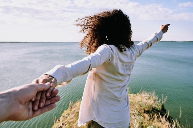 Zeigt wundervollen horizont