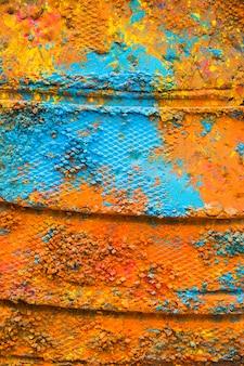 Zeilendrucke auf mehrfarbigem pulver
