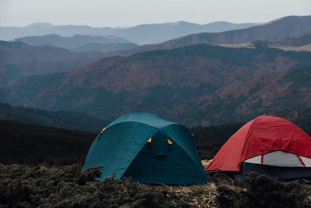 Zelte auf einem berg