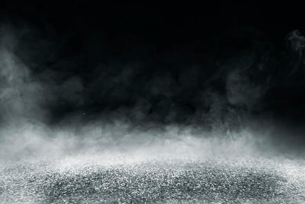 Zementboden mit dunklem hintergrund