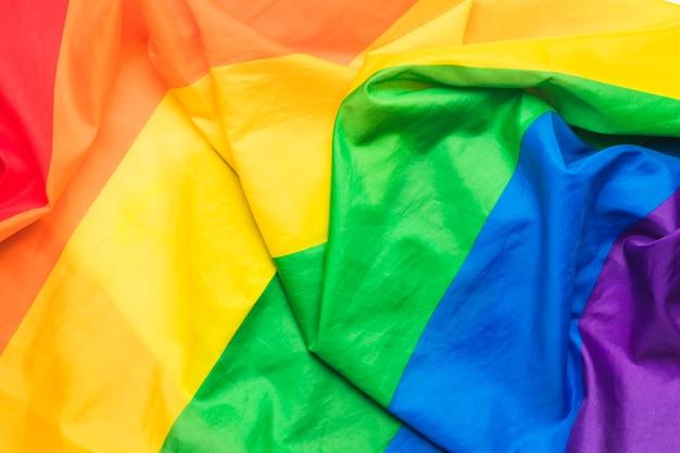 Zerknitterte flagge der lgbt-community