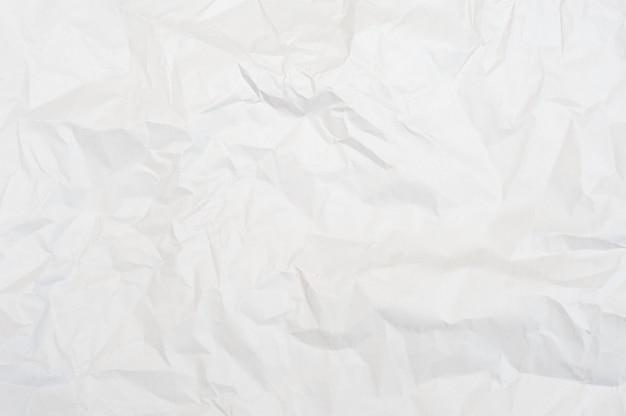 Zerknitterte weiße papierstruktur
