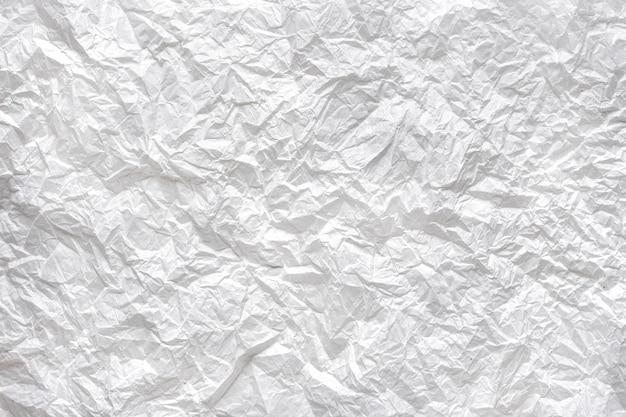 Zerknitterter weißbuchhintergrund