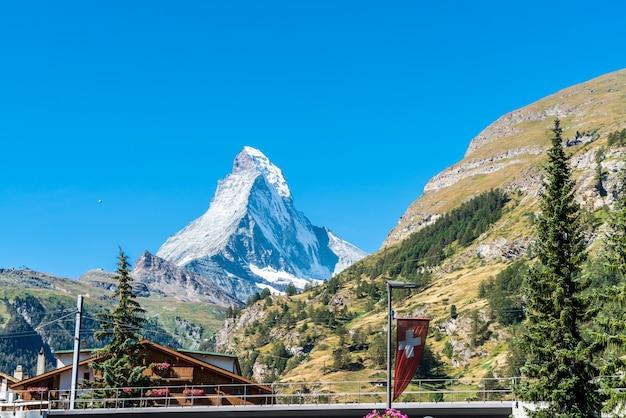 Zermatt city mit matterhorn