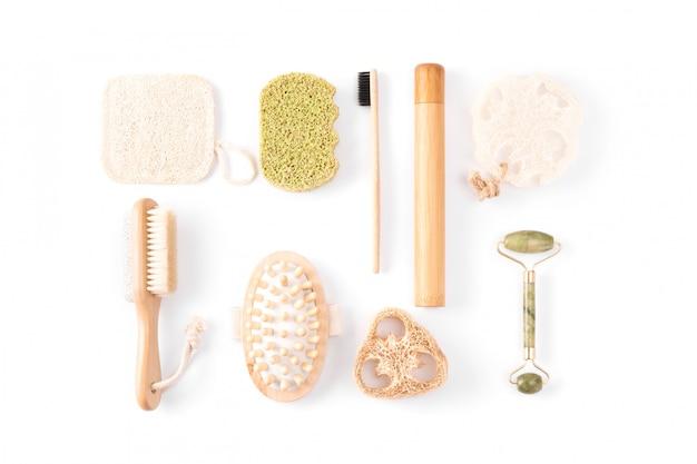 Zero waste kosmetikprodukte auf weiß