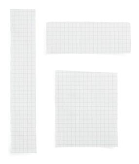 Zerrissenes papier lokalisiert auf weißem hintergrund
