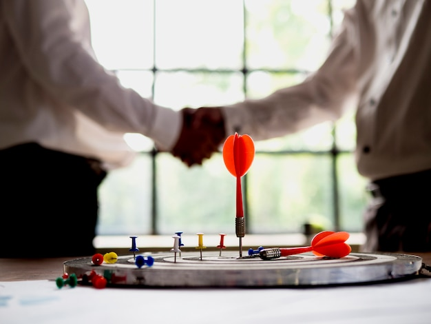 Ziele für den geschäftserfolg und kommerzielle konzepte setzen