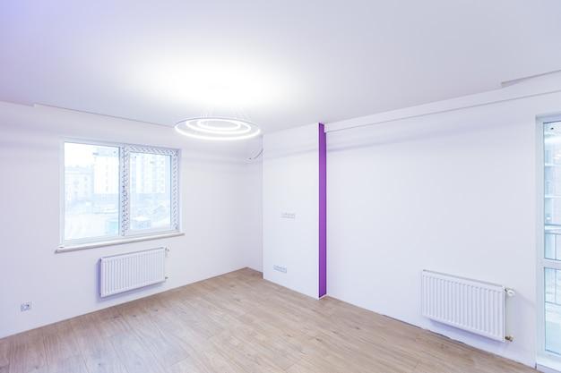 Zimmer in der hauswohnung gleich nach der renovierung neu und ohne möbel