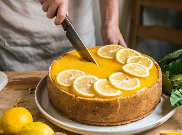 Zitronenchesskuchen-lebensmittelphotographie-rezeptidee