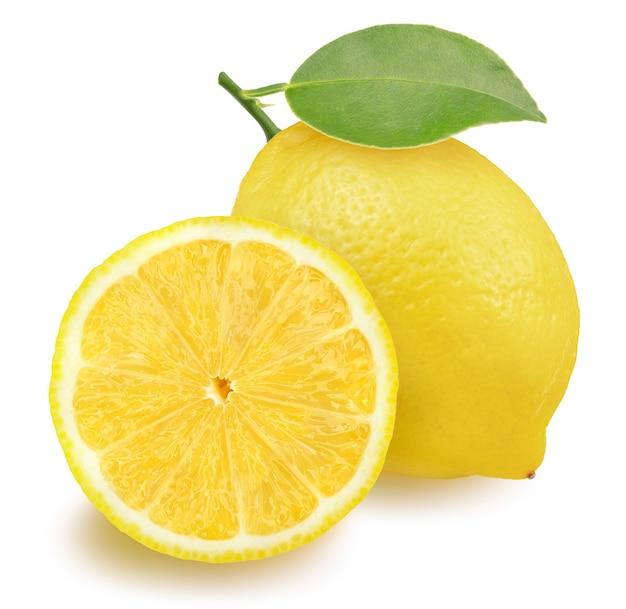 Zitronenfrucht mit blatt auf weiß