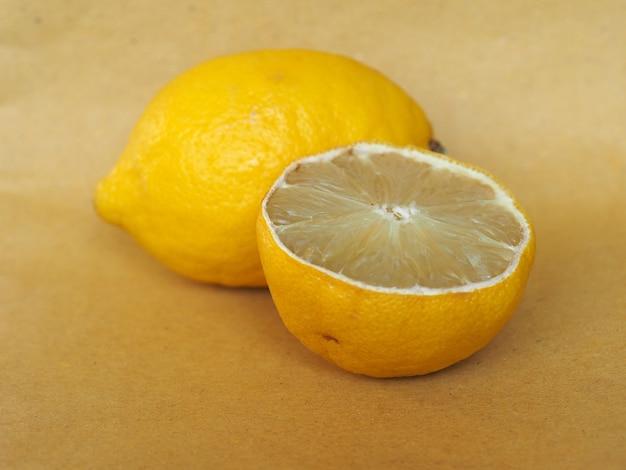 Zitronenfruchtnahrung