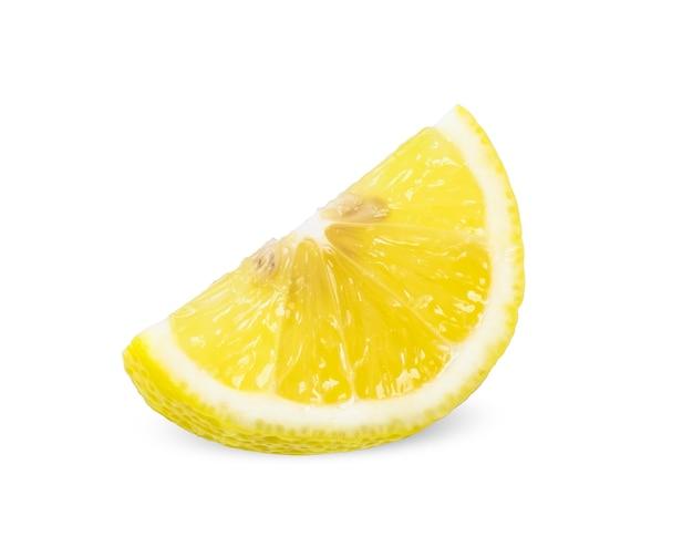 Zitronenscheibe isoliert auf weiß