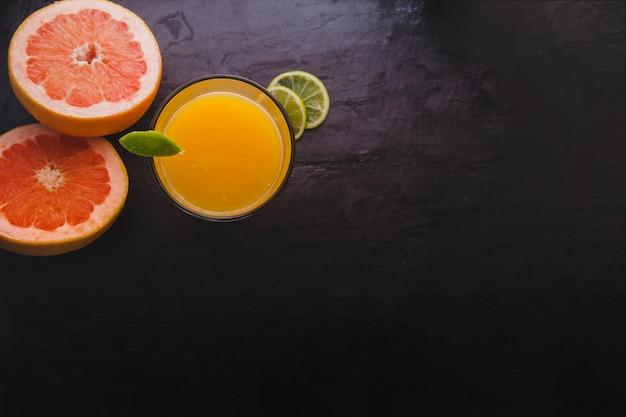 Zitrusfrucht-komposition mit kopie raum