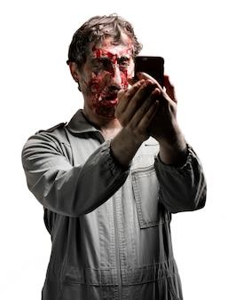 Zombie, die ein selfie