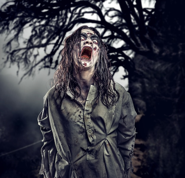 Zombie gegen im wald