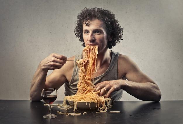 Zu viel pasta essen