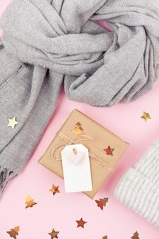 Zubehör für kaltes winterwetter und weihnachtsgeschenkbox