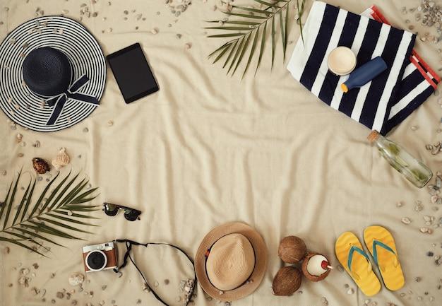 Zubehör für sommerferien, draufsicht hintergrund