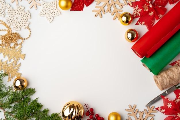 Zubehör für weihnachtsgeschenke dekorieren