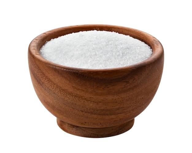 Zucker in der holzschale lokalisiert auf weiß