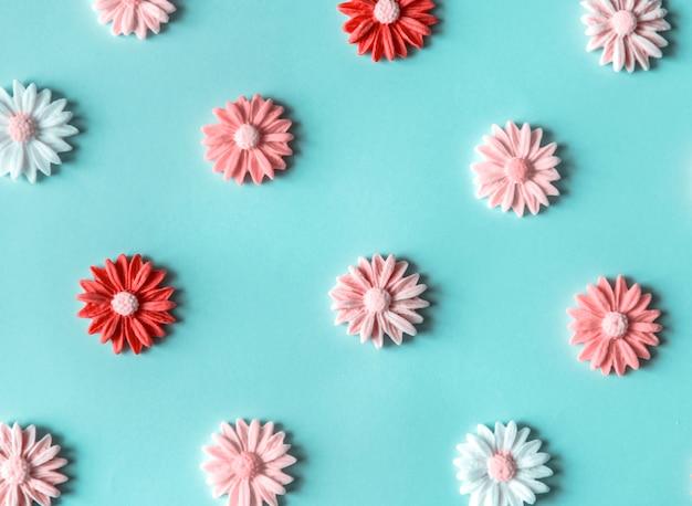 Zuckerblumen in einem bunten muster