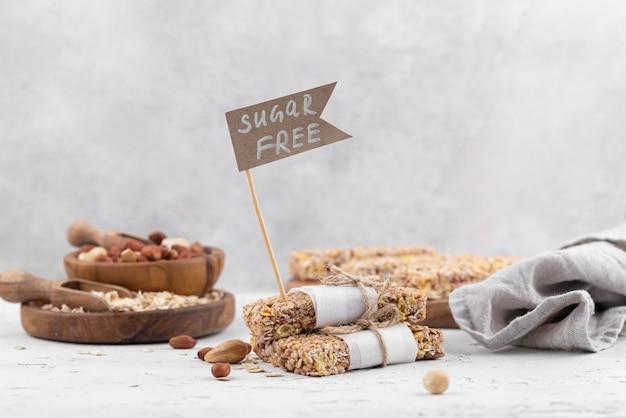 Zuckerfreie snackbars und tücher mit hohem winkel