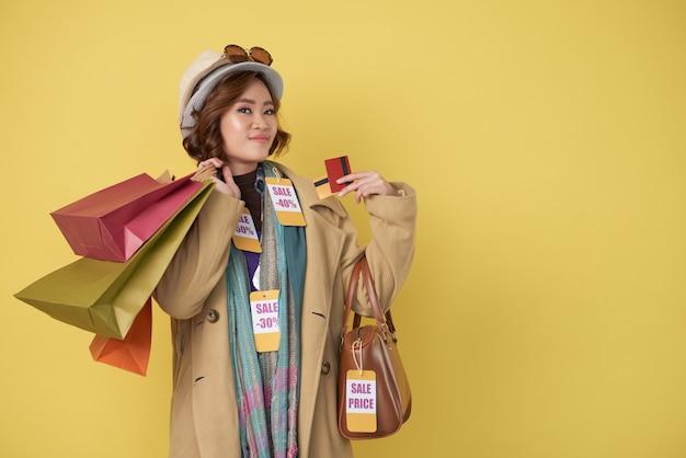 Zufriedene shopaholic