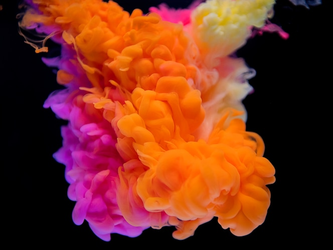 Zusammenfassung der orange und rosa Wolke
