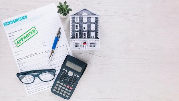 Zusammengesetzter arbeitsplatz des immobilienmanagers