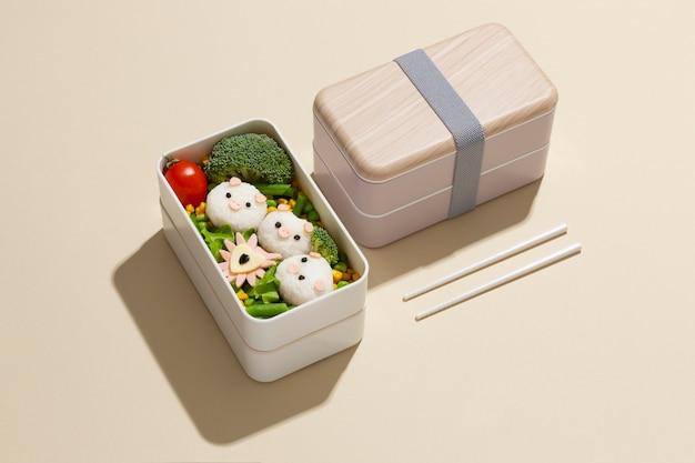 Zusammensetzung der gesunden japanischen bento-box