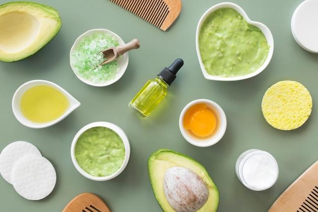 Zusammensetzung der spa-behandlung avocado und zitrusfrüchte