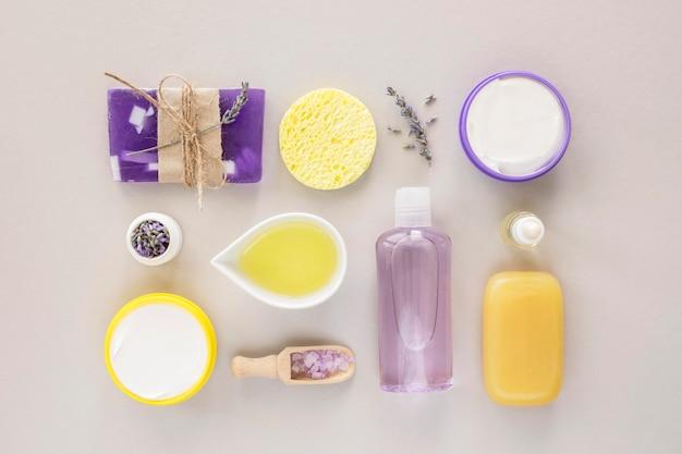 Zusammensetzung der spa-behandlung zitrus- und lavendelöle